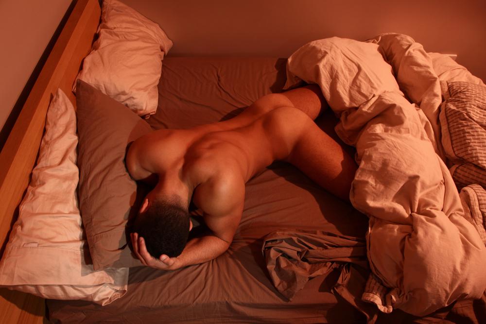 Фото пьяные голые мужики спят 14405 фотография